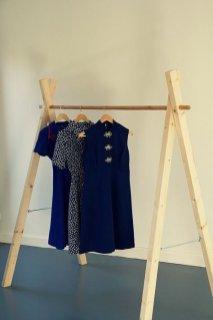 Easy And Practical Clothing Racks For Casual Décor Ideas 32