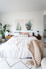 Easy Minimalist And Cozy Bedroom Decor Ideas 40