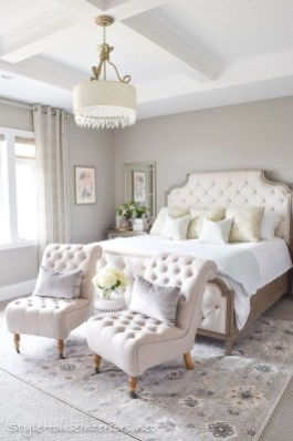 Lovely Small Master Bedroom Remodel Ideas 02