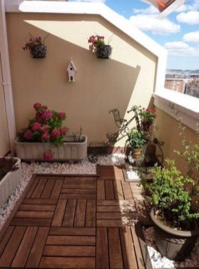 Perfect Small Balcony Design Ideas 07