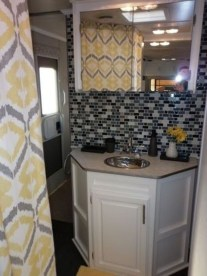 Simply Rv Bathroom Remodel Ideas 24