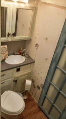Simply Rv Bathroom Remodel Ideas 33