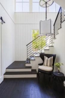 Unique Farmhouse Interior Design Ideas 12