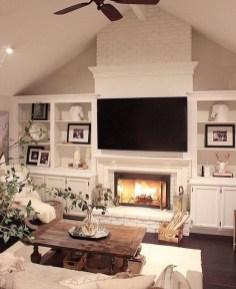 Unique Farmhouse Interior Design Ideas 25