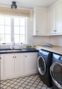 Amazing Diy Laundry Room Makeover With Farmhouse Style Ideas 13