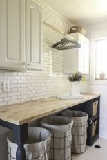 Amazing Diy Laundry Room Makeover With Farmhouse Style Ideas 22