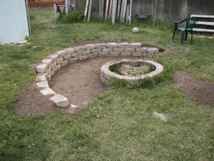 Attractive Sunken Ideas For Backyard Landscape 04