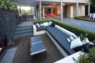 Attractive Sunken Ideas For Backyard Landscape 40