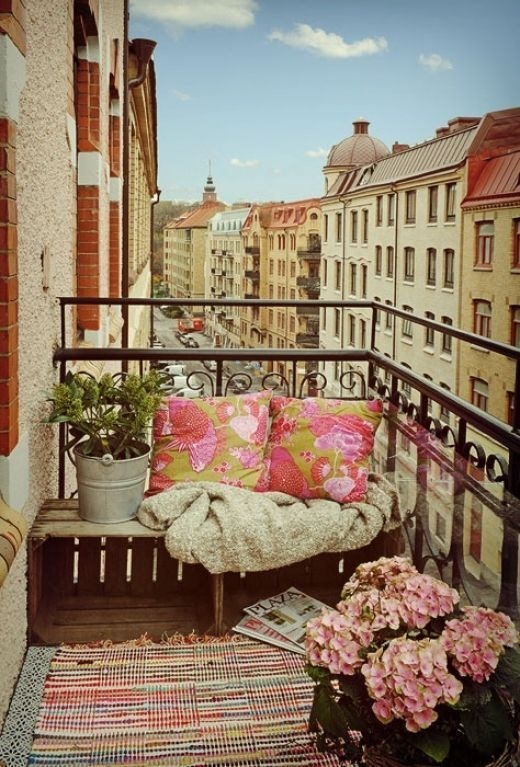 Awesome Balcony Tips For Perfect Balcony Ideas 15