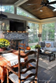Best Ways To Create A Relaxing Porch Ideas For Big Family 31