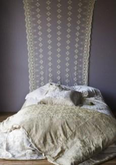 Comfy Boho Bedroom Decor With Attractive Color Ideas 29
