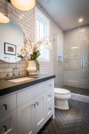 Lovely Modern Farmhouse Design For Bathroom Remodel Ideas 27