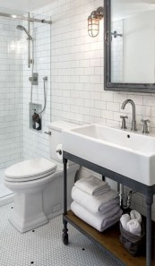 Lovely Modern Farmhouse Design For Bathroom Remodel Ideas 32