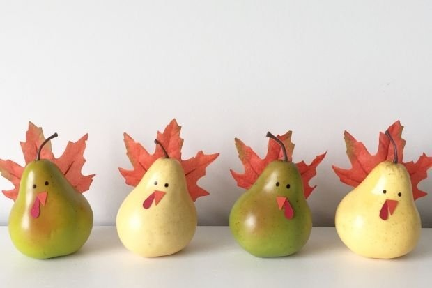 Lovely Turkey Decor For Your Thanksgiving Table Ideas 31
