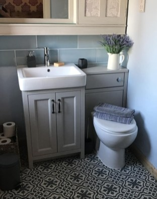 Minimalist Small Bathroom Storage Ideas To Save Space 16