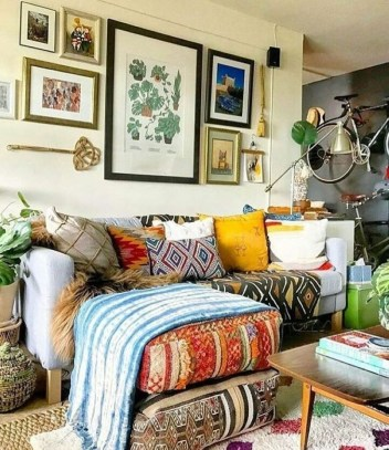 Stunning Bohemian Style Home Decor Ideas 40