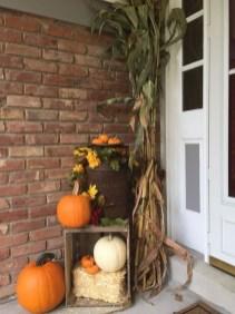 Unique Fall Front Door Decor Ideas 22