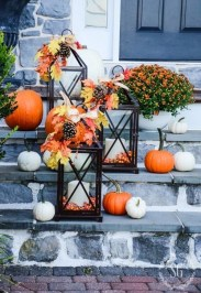 Unique Fall Front Door Decor Ideas 38