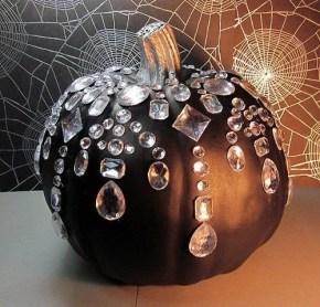 Unique Halloween Home Décor Ideas 11