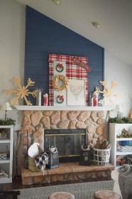 Creative Rustic Christmas Fireplace Mantel Décor Ideas 20
