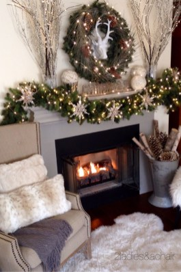 Creative Rustic Christmas Fireplace Mantel Décor Ideas 26