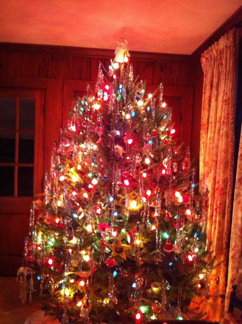 Easy Christmas Tree Decor With Lighting Ideas 28