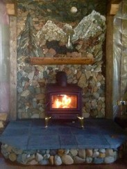 Fabulous Rock Stone Fireplaces Ideas For Christmas Décor 05