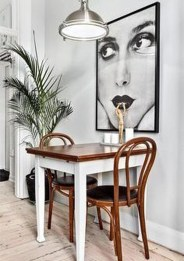 Luxurious Small Dining Room Decorating Ideas 05