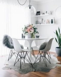 Luxurious Small Dining Room Decorating Ideas 10