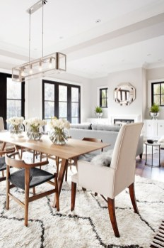 Luxurious Small Dining Room Decorating Ideas 16