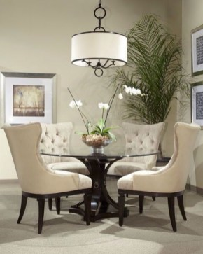 Luxurious Small Dining Room Decorating Ideas 34