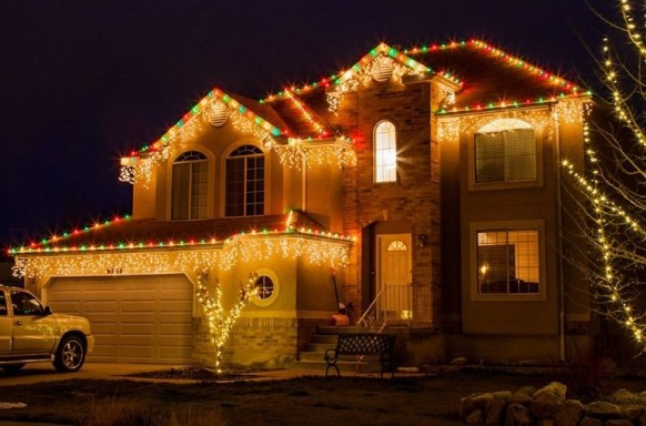 Marvelous Outdoor Lights Ideas For Christmas Decorations 16