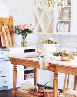 Newest French Country Kitchen Decoration Ideas 30