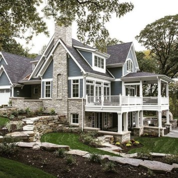 Outstanding Lake House Exterior Designs Ideas Will Totally Love 35