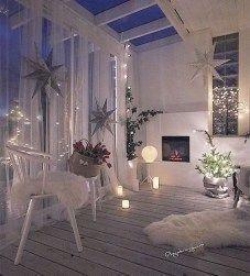 Popular Apartment Balcony For Christmas Décor Ideas 02