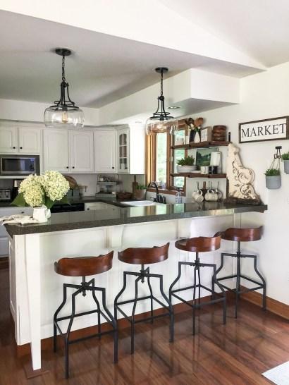 Pretty Farmhouse Kitchen Makeover Ideas On A Budget 01