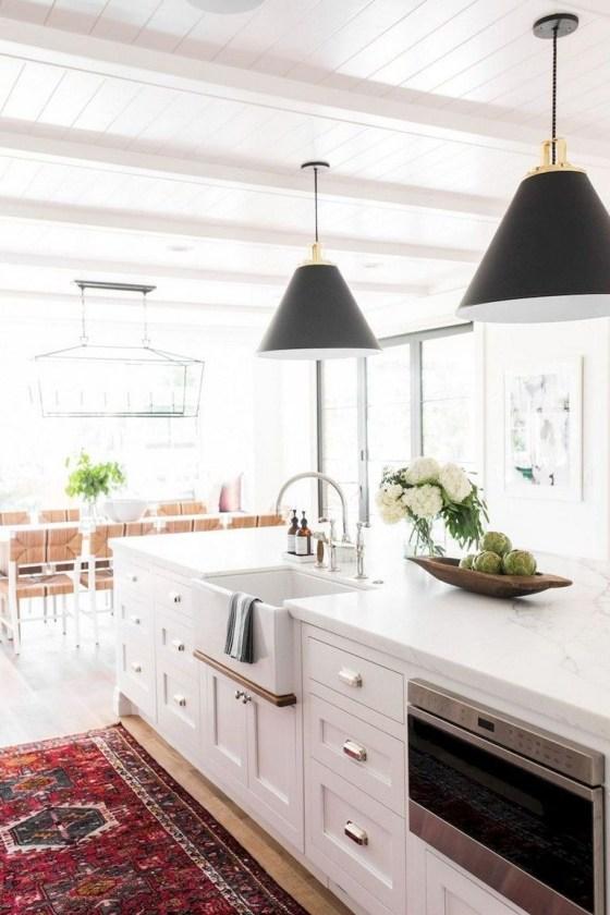 Pretty Farmhouse Kitchen Makeover Ideas On A Budget 10