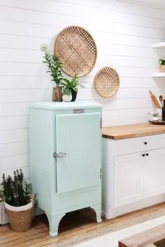 Pretty Farmhouse Kitchen Makeover Ideas On A Budget 16
