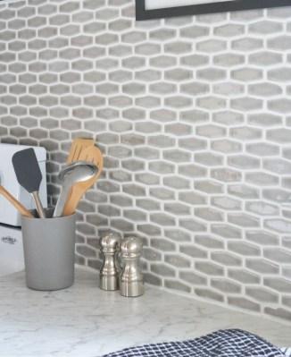 Pretty Farmhouse Kitchen Makeover Ideas On A Budget 37