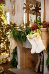 Stunning Fireplace Mantel Decor For Christmas Ideas 17