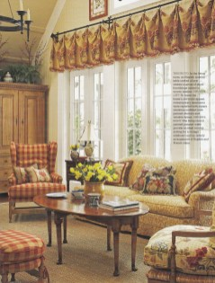 Stylish French Country Living Room Design Ideas 10