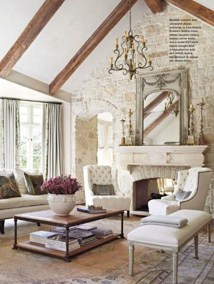 Stylish French Country Living Room Design Ideas 34