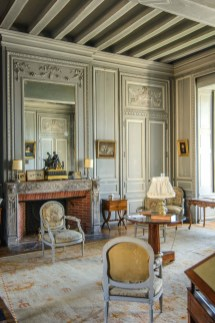 Stylish French Country Living Room Design Ideas 44