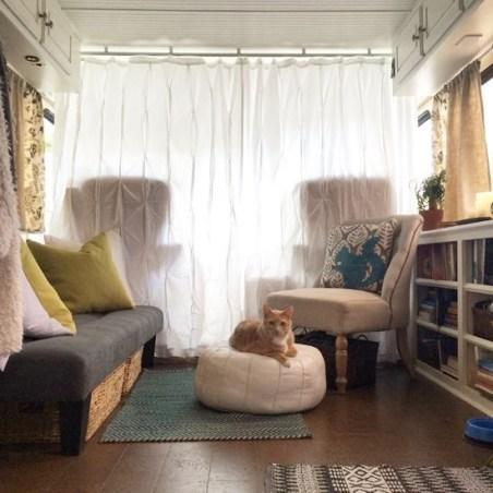 Adorable Rv Living Room Ideas48