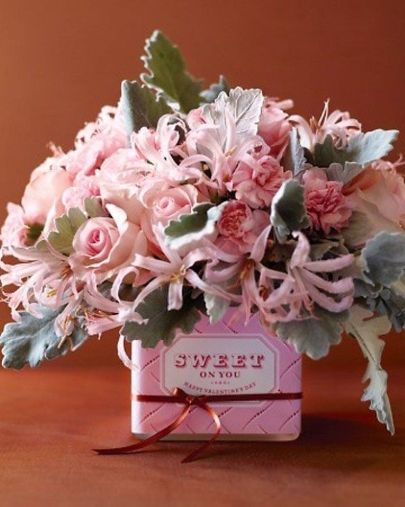 Awesome Flower Decoration Ideas For Valentines Day 40