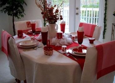 Cheap Valentine Table Decoration Ideas11