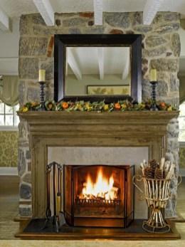 Incredible Halloween Fireplace Mantel Design Ideas07