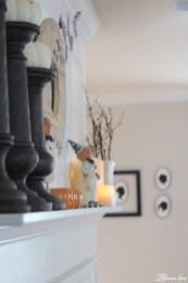 Incredible Halloween Fireplace Mantel Design Ideas38