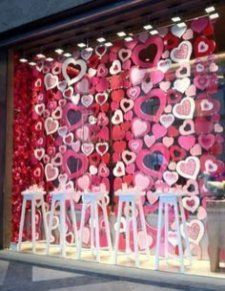 Inspiring Exterior Decoration Ideas For Valentines Day03