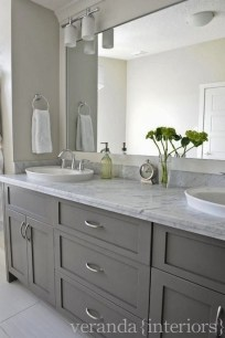 Minimalist Master Bathroom Remodel Ideas03